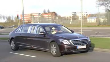 Este Mercedes-Maybach busca pasajero