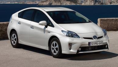 A Toyota se le acaba el acero...