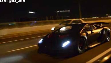 Un Lamborghini Sesto Elemento, como coche de diario