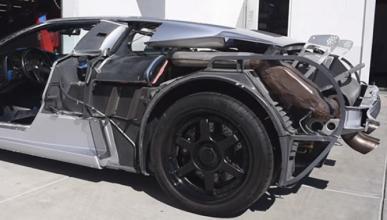 Un Bugatti EB110 al desnudo: solo para mayores de edad