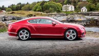 Bentley se rinde a los híbridos