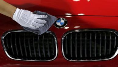Trucos para llevar el coche siempre limpio ¡y sin lavarlo!