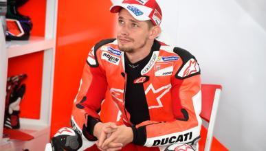 Stoner se queda sin probar la GP16, por culpa de Ducati