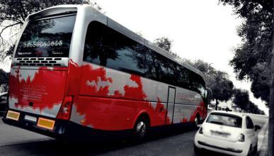 En estado crítico el conductor del bus accidentado en AP-7