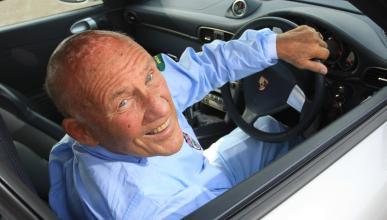 Piden distintivo que identifique a los conductores senior