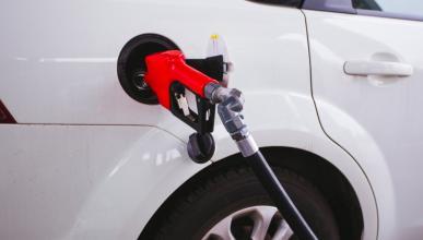 Nueve consejos para ahorrar en gasolina esta Semana Santa