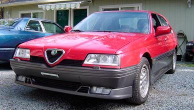 Este rarísimo Alfa Romeo 164 Q4 se vende en Canadá