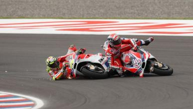 Sanción para Iannone tras arruinar la carrera de Dovizioso