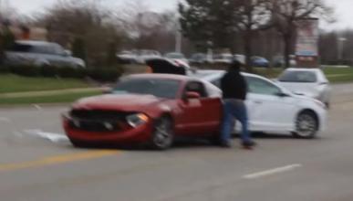 Vídeo: conducir un Ford Mustang no es cosa de novatos