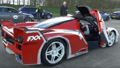 Vídeo: así las gasta el Ferrari FXX a 320 km/h
