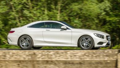 Cazado un misterioso prototipo de Mercedes, ¿el próximo SL?