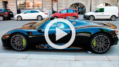 Ibrahimovic exhibe su nuevo Porsche 918 Spyder