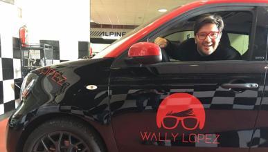 El DJ Wally López estrena coche, no adivinas cuál