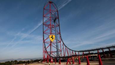 La montaña rusa de Ferrari Land, la más alta de Europa