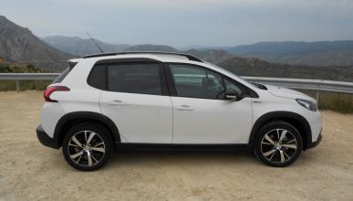 lateral peugeot 2008