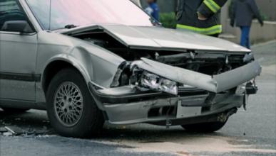 Compra coche siniestro y pide 21.000 euros de indemnización