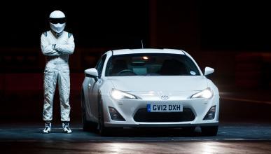Stig para el tráfico en Londres por el estreno de Top Gear