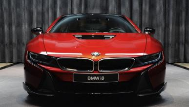 BMW i8 Lava Red