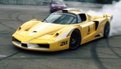 El bestial Ferrari Enzo ZXX contra un banco de potencia
