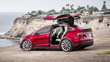 Primer accidente de un Tesla Model X