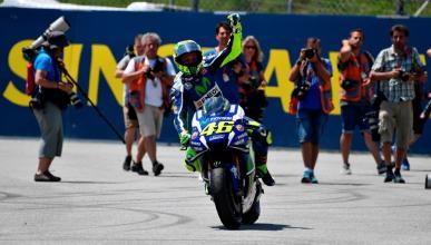 Carreras difíciles en MotoGP, gana Rossi siempre