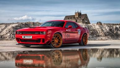 Dodge Challenger Hellcat by Prior Design