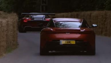 Vídeo: Aston Martin DB11 y Vulcan, espectáculo en Goodwood