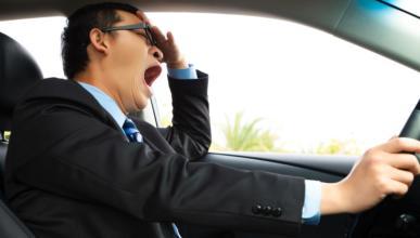 10 trucos para no quedarte dormido al volante