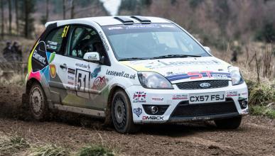 ¿Cómo preparar un coche para rally?