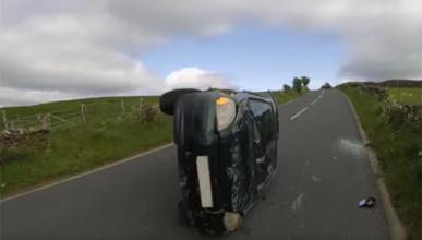 Vídeo: vuelca y graba cómo sucedió el accidente
