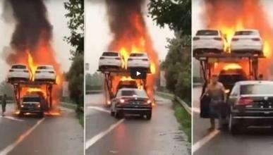 Vídeo: salva uno de los coches de un camión en llamas