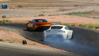 Jay Leno y The Stig se aburren con los nuevos Aston Martin