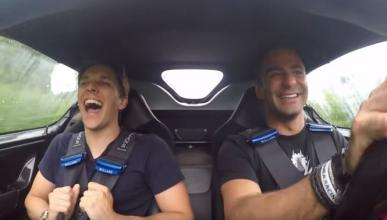 Vídeo: este tipo conduce un Ferrari F50 a diario