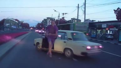 Una bronca de tráfico entre rusos acaba de forma inesperada