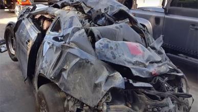 Escalofriante accidente de un Chevrolet Camaro a 200 km/h