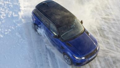 ¡Cazamos el renovado Range Rover Sport SVR!