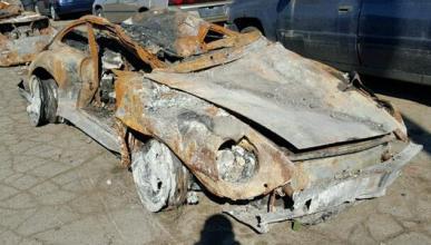 ¿Comprarías un Porsche 911 totalmente destrozado?