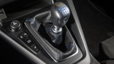 Ford pone instrucciones en el cambio manual en EE.UU.