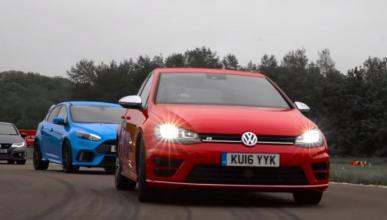Vídeo: el Ford Focus RS contra dos fuertes rivales
