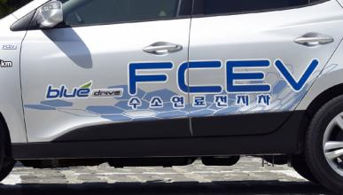 Hyundai Tucson FCEV: cazado de pruebas junto a un Mirai