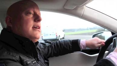¿Qué coche conduce Christian Von Koenigsegg?