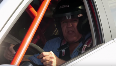 Lo último de Jay Leno: su coche contra el de Tim Allen