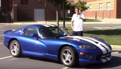 Vídeo: ¿Es el Dodge Viper un coche peligroso?