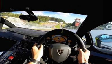 Ponte al volante del Lamborghini Aventador con este vídeo