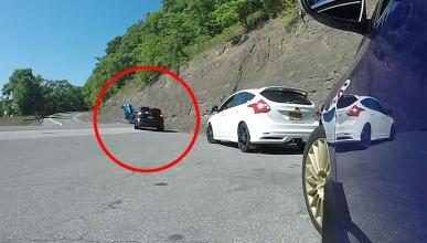 Ford Focus RS se sale de la carretera