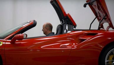 Todo lo que no se sabe del Ferrari 488 Spider en vídeo
