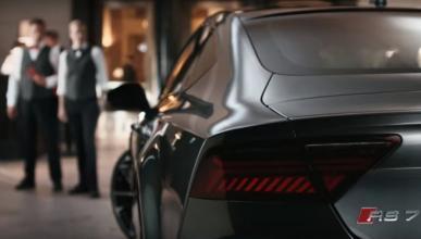 A golpes por un Audi RS7 en el último spot de la marca