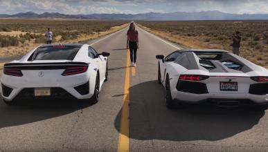 Drag race: Acura NSX vs Aventador Pirelli Edition