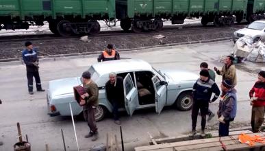Vídeo: ¿cuántas personas se pueden meter en un coche?