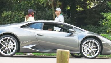 Vídeo: ¿Lewis Hamilton conduciendo un Lamborghini?